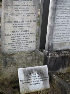 JM Synge grave
