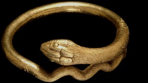 Gold Bracelet in form of a coiled snake: Pompeii Exhibition: © British Museum