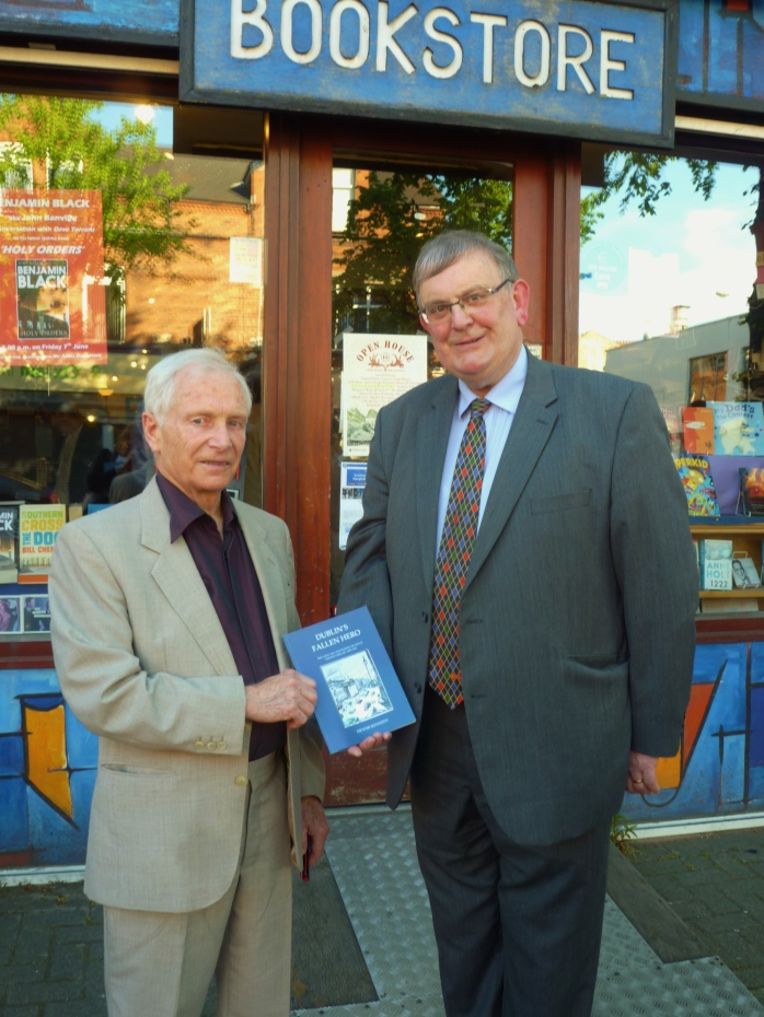 Author Dennis Kennedy and myself outside No Alibis bookstore