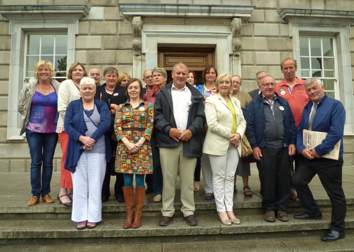 Geel group led by Mayor Vera Celis visits Leinster House