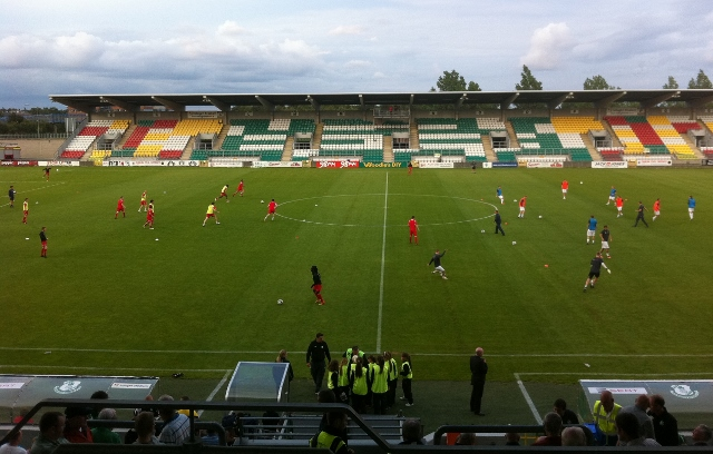 Pre-match warm-up at Tallaght