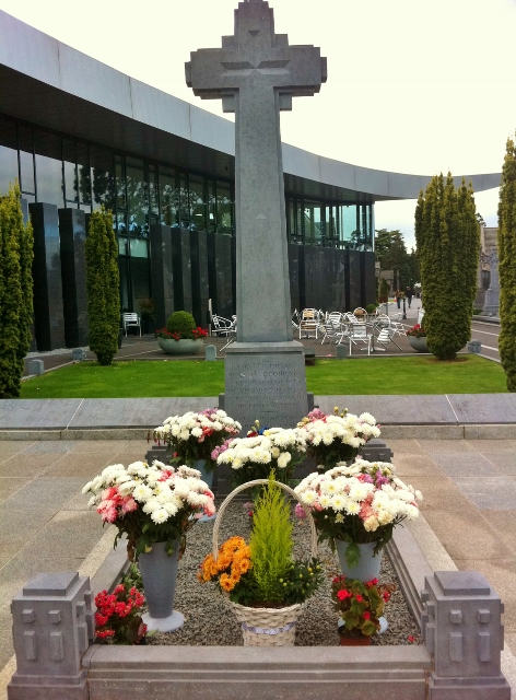Grave of Michael Collins Photo: © Michael Fisher