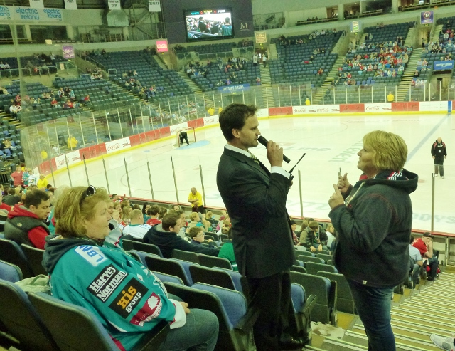 Todd Kelman of the Belfast Giants doing the quiz Photo: © Michael Fisher