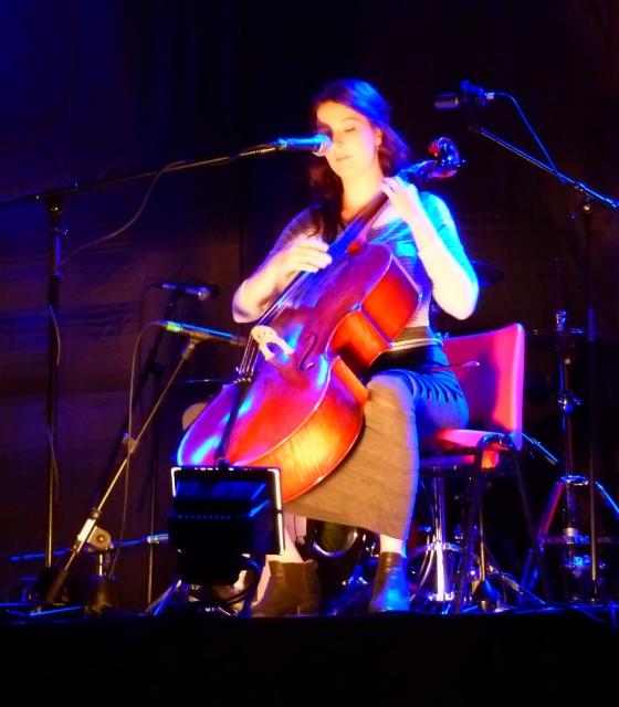Singer & Songwriter Alana Henderson Photo: © Michael Fisher