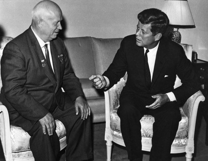 President Kennedy meets Nikita Khruschev in Vienna 1961 Photo: © US Dept of State, JFK Library & Museum