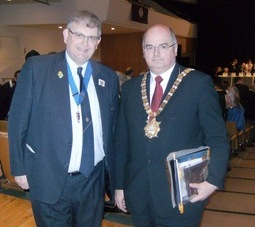 Michael Fisher, Belfast Lions Club & Cllr Pat Convery, Lord Mayor of Belfast (May 2011)