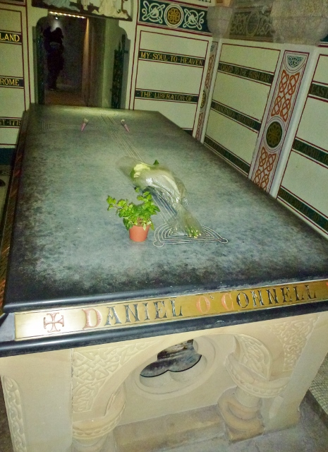 Sarcophagus of Daniel O'Connell at Glasnevin Cemetery  Photo: © Michael Fisher