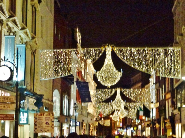 Christmas Lights in Grafton Street, Dublin    Photo: © Michael Fisher