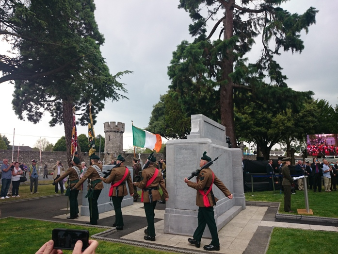 Irish & British soldiers taking part in WW1 Centenary commemoration at Glasnevin cemetery, August 2014  Photo:   © Michael Fisher