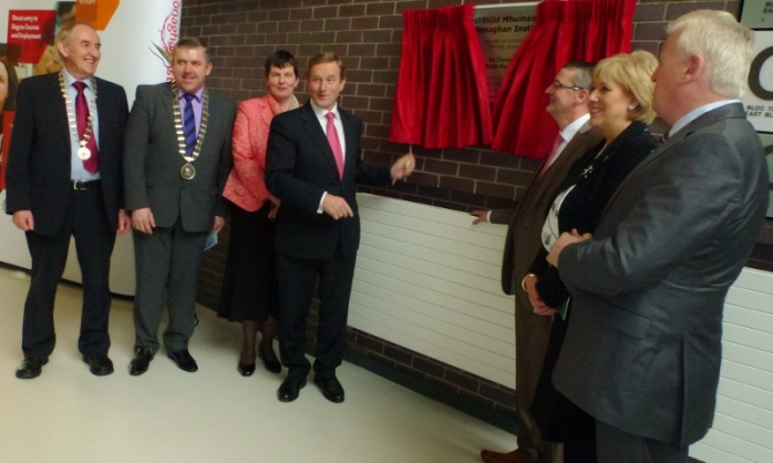 Taoiseach Enda Kenny unveiling plaque at Monaghan Institute with Director Dr Fiona McGrath, Cllr Padraig McNally & Joe McGrath, Chair CMETB  (left) and CEO CMETB Martin O'Brien, Heather Humphreys TD & Michael Moriarty ETBI  Photo: © Michael Fisher