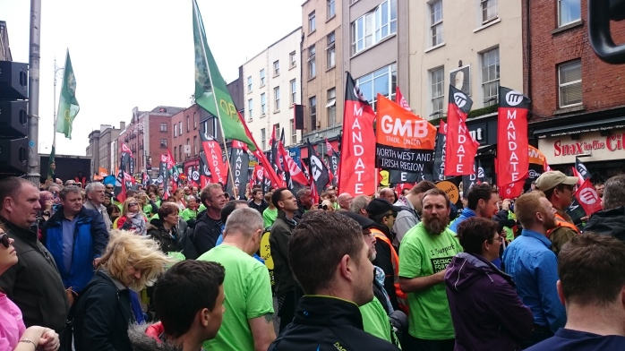 Crowd at the rally supporting Dunnes Stores workers Photo:  © Michael Fisher
