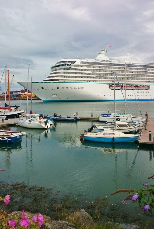 Crystal Serenity docking in Dublin  Photo:  © Michael Fisher