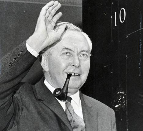 Harold Wilson enters No. 10 in October 1964  Photo: thejc.com