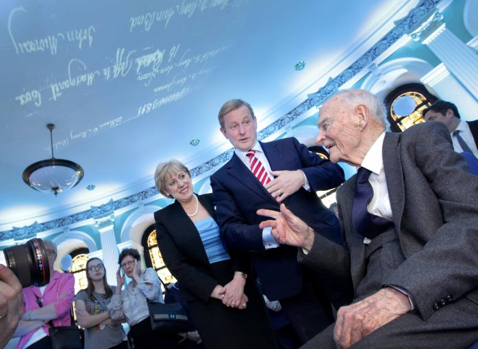 Pictured at the launch of the National Library of Ireland's new web-repository of parish records are Taoiseach, Enda Kenny T.D. and Minister for Arts, Heritage and the Gaeltacht, Heather Humphreys T.D., talking to former Taoiseach Liam Cosgrave. Photo: Mark Stedman, Photocall Ireland